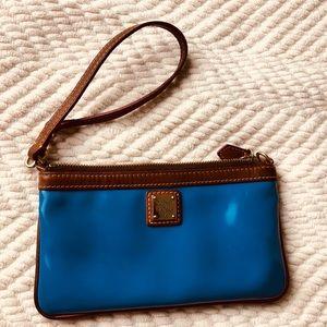 Dooney & Bourke wristlet wallet Teal blue pretty